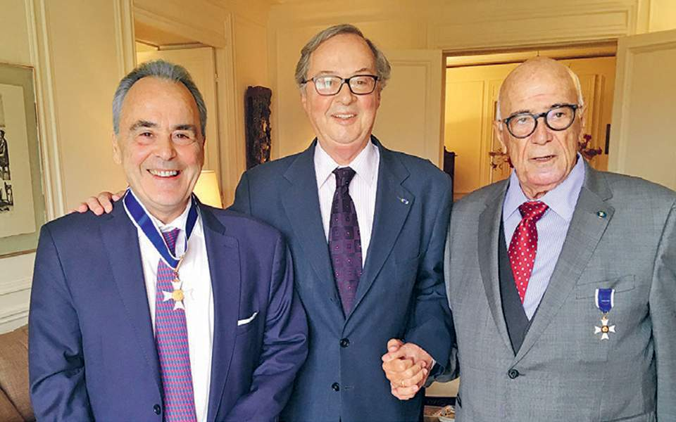 Mr. Zavvos receives medal from Brazilian Ambassador | Zeus Capital Management, investment management company specializing in real estate investments in Europe, the Middle East and the United States